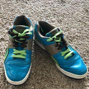 Reebok  sneakers 👟